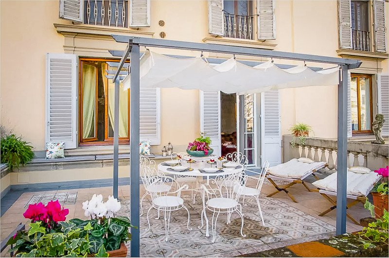 A Florence Airbnb in a great location of the city.