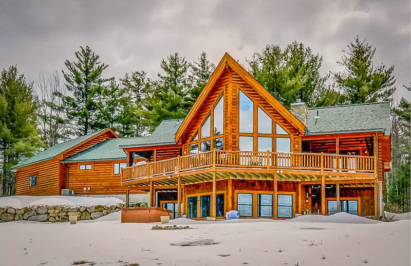 Luxury mountain Airbnb in NH