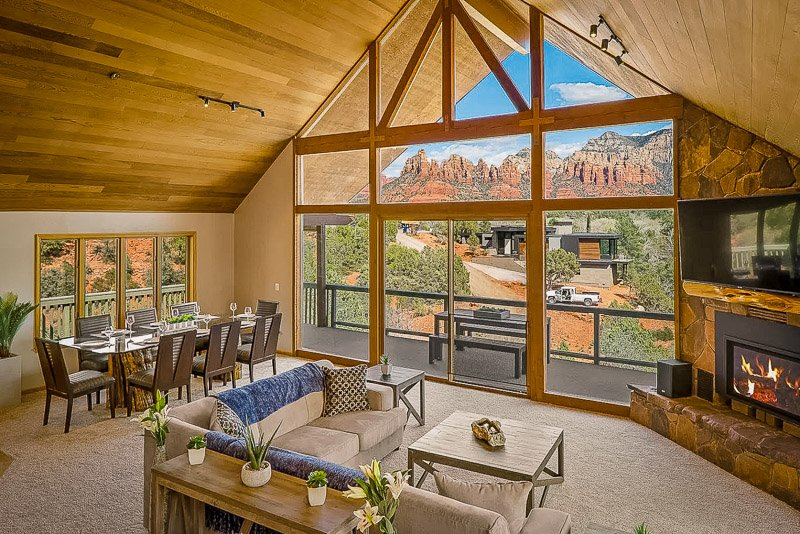 A luxury cabin Airbnb in Arizona with views of the Red Rocks