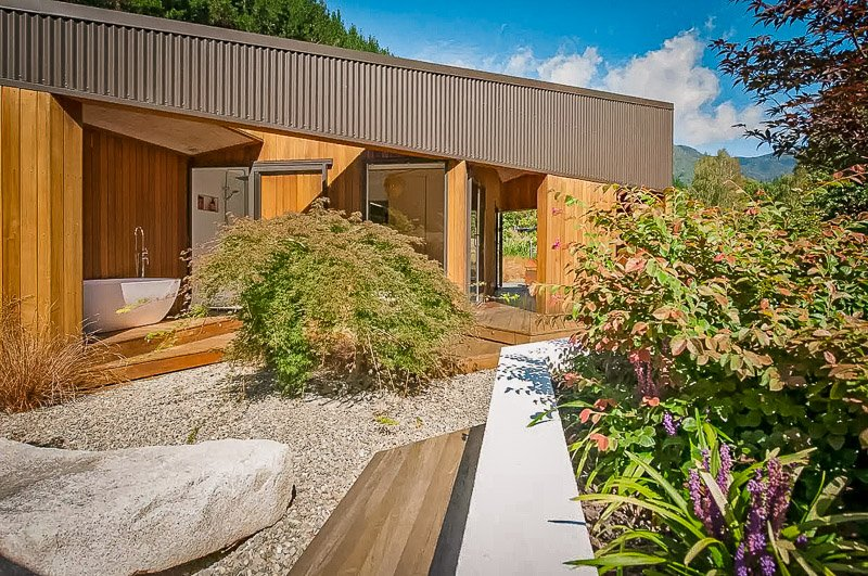A luxury rental in New Zealand for rent on Airbnb and VRBO