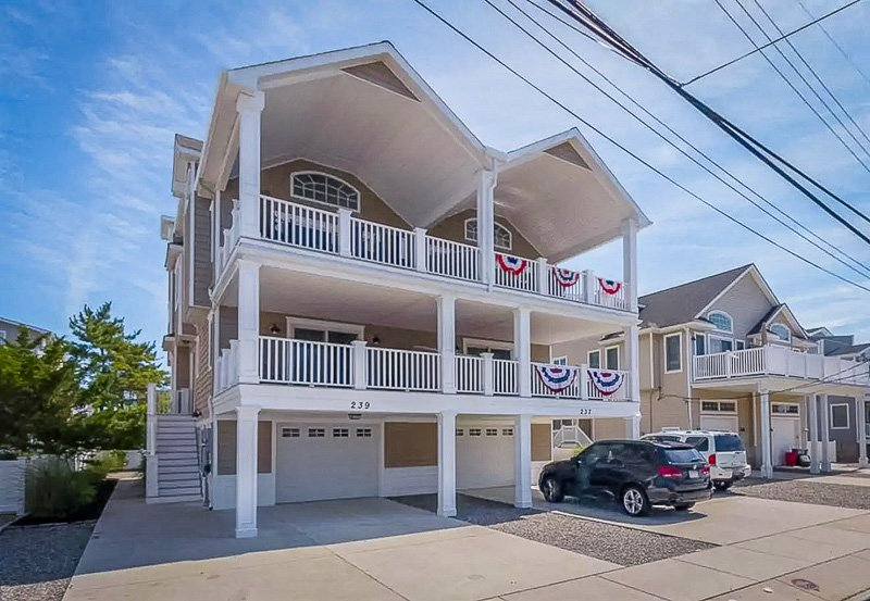 Unique vacation rental for large groups visiting New Jersey.