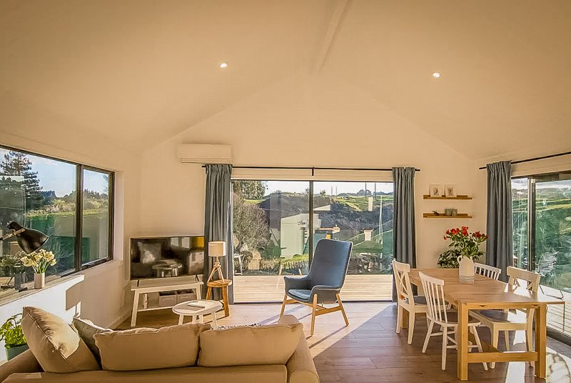 A modern cottage for rent in New Zealand