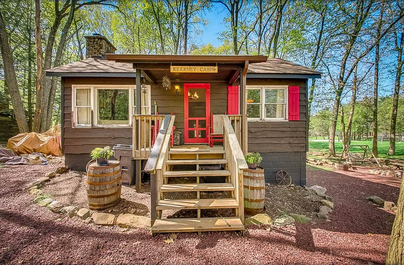 A quaint vacation house on VRBO and Home Away