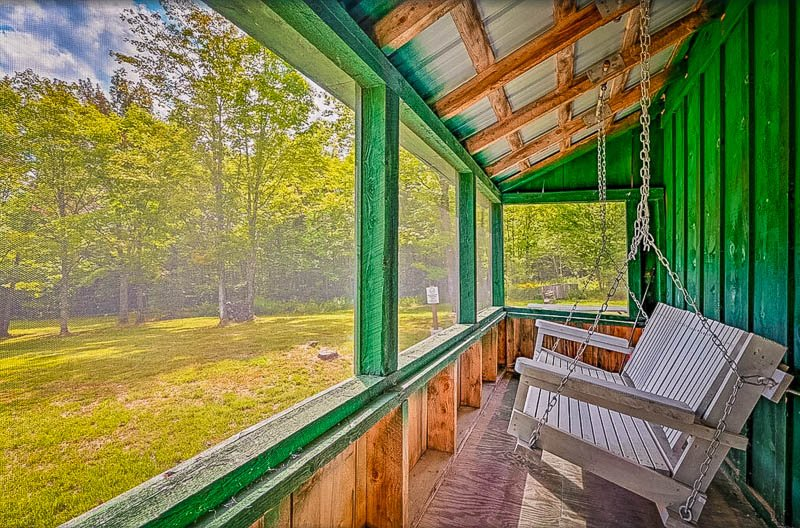 A private Vermont cabin to rent during the summer