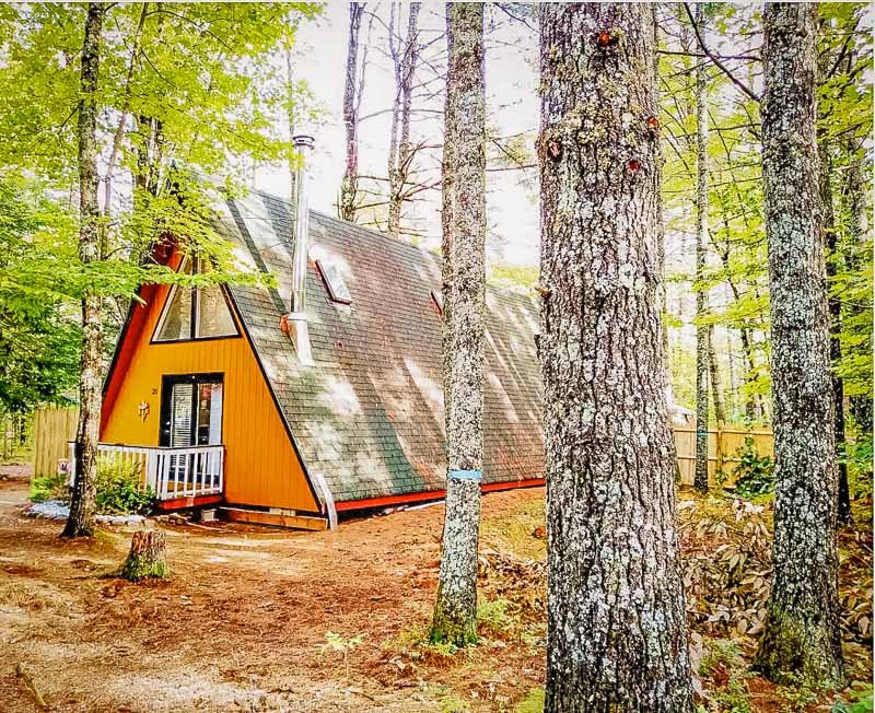 This A-Frame is among the best vacation rentals in the White Mountains