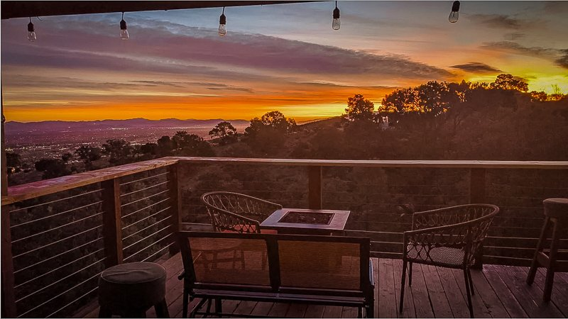 Wake up each morning with these stunning views from the SoCal vacation rental