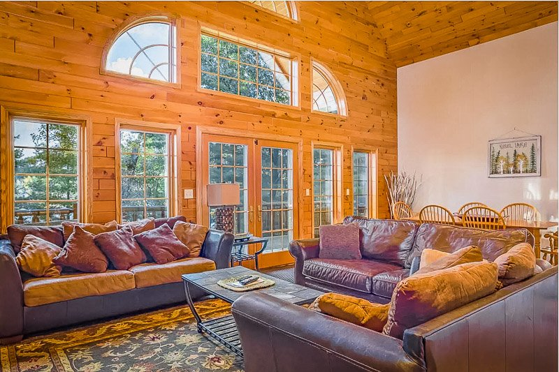 Rustic log cabin decor inside the Midwest lake house rental.