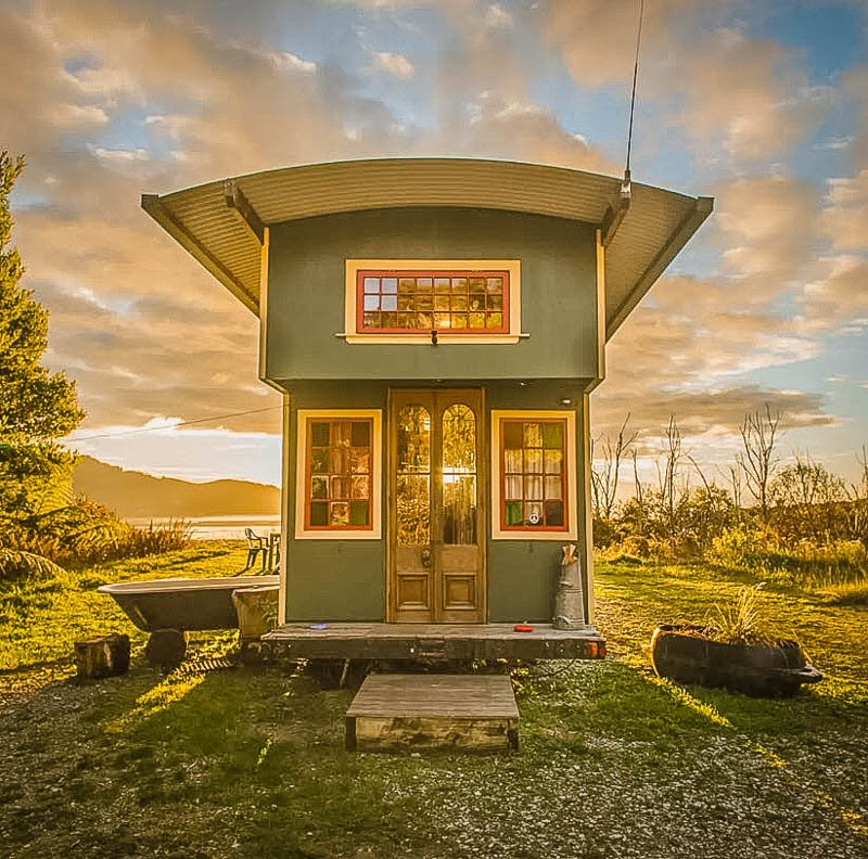 Unique tiny house Airbnb in New Zealand