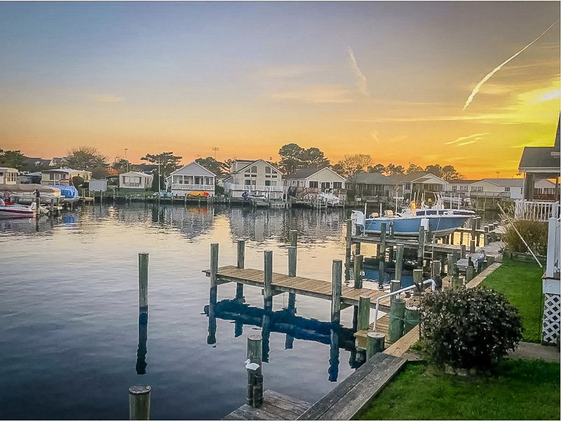 Ocean City Maryland vacation rental on the water.
