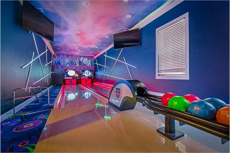 A unique Airbnb with bowling alley in Orlando, Florida