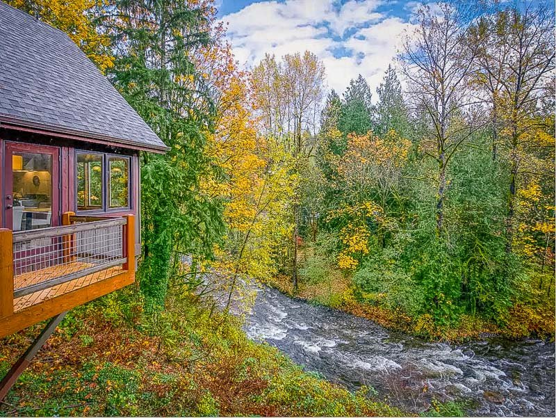 A top Washington State vacation rental for couples