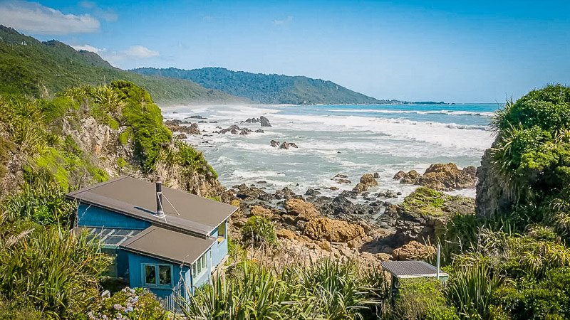A gorgeous beach house rental in New Zealand on Airbnb