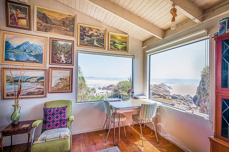 Sweeping coastal views from the NZ rental