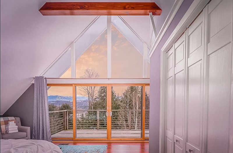 Stunning mountain views from the VT cottage for rent
