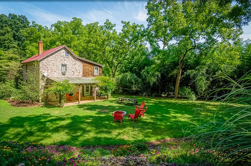 Unique Pennsylvania house for rent in Amish Country