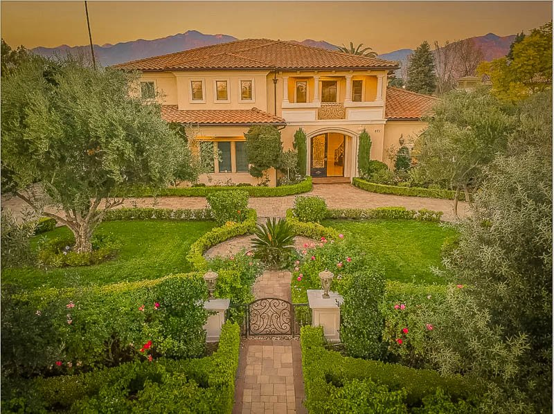 Regal house for rent in Southern California on VRBO