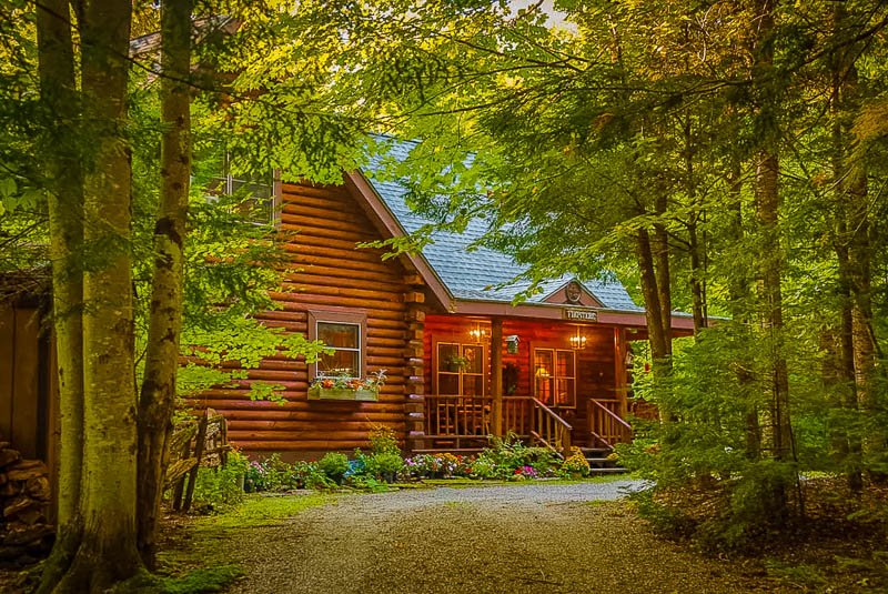 A private cabin getaway in Vermont like no other.