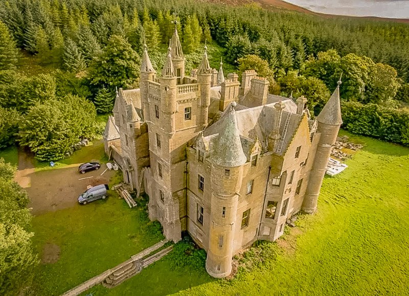 Castle rental for rent in the UK.