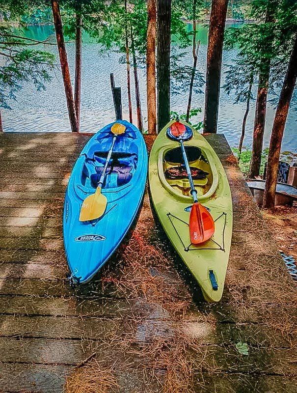 Camping in Maine cabins with kayaks