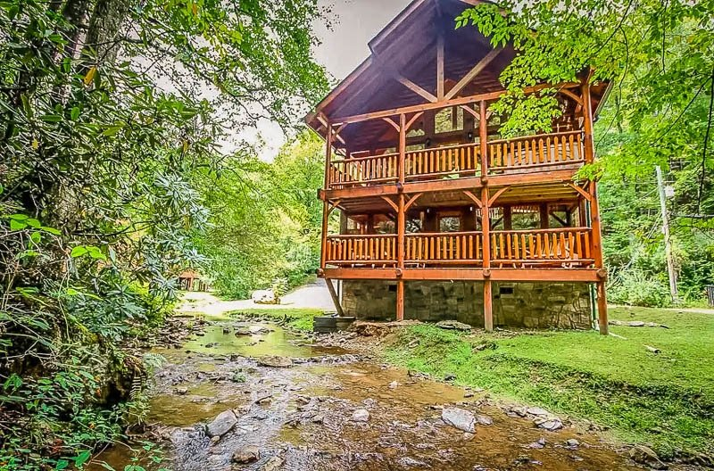 A unique Airbnb rental in the Smoky Mountains of Tennessee