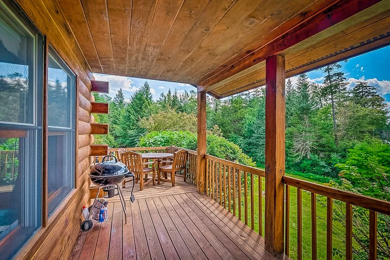 Vermont cabin for rent in the woods