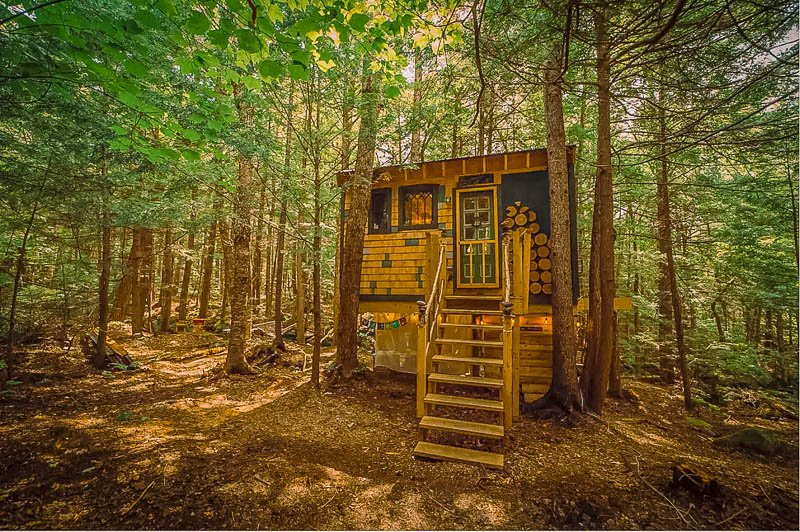 One of the top treehouse rentals in New England