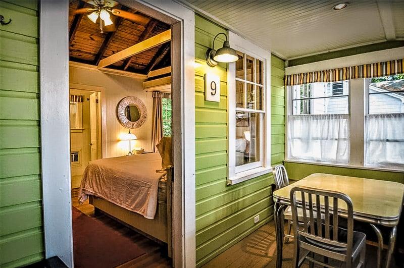Cozy and inviting interior decor