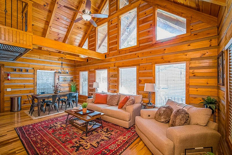 Red River Gorge cabin rental with lots of amazing amenities