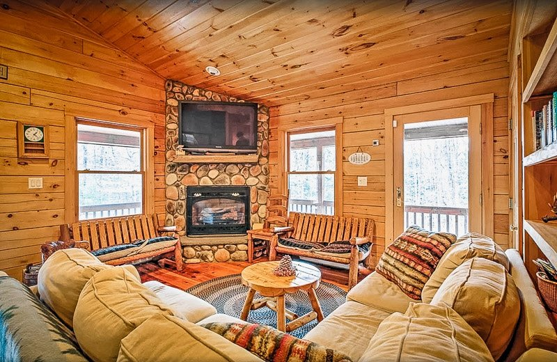 One of the coolest luxury cabins in NH