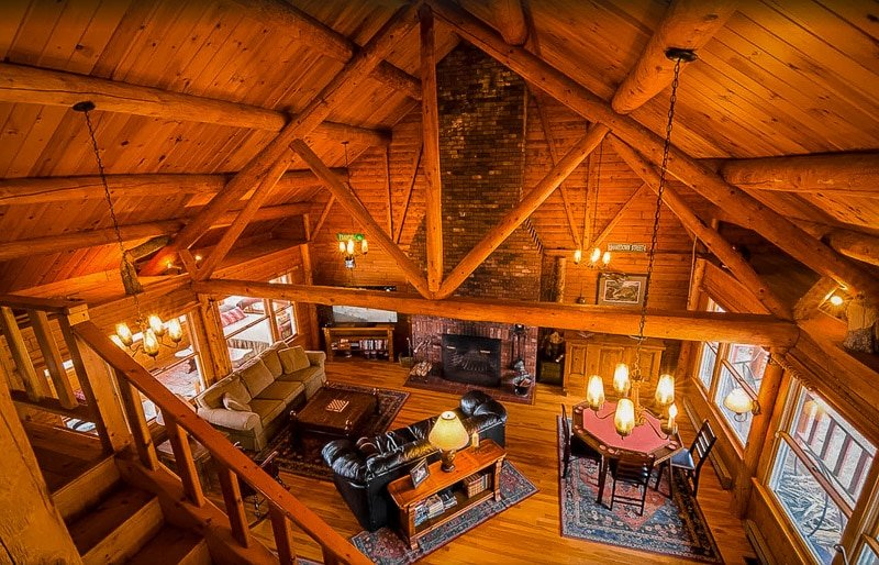 A cozy cabin in NH