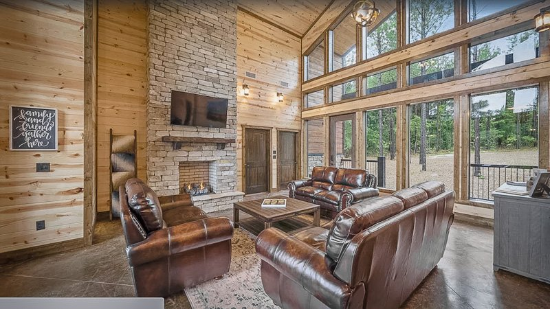Luxury Oklahoma cabin for rent with modern amenities