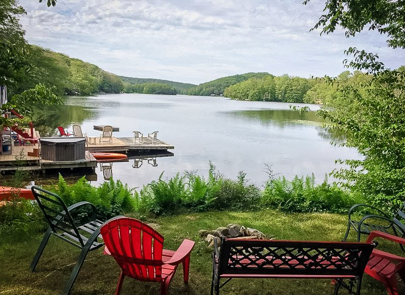 Breathtaking lakeside views from this CT rental