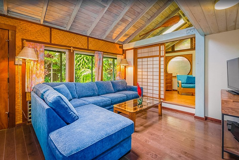 A beach house rental in Hawaii brimming with charm