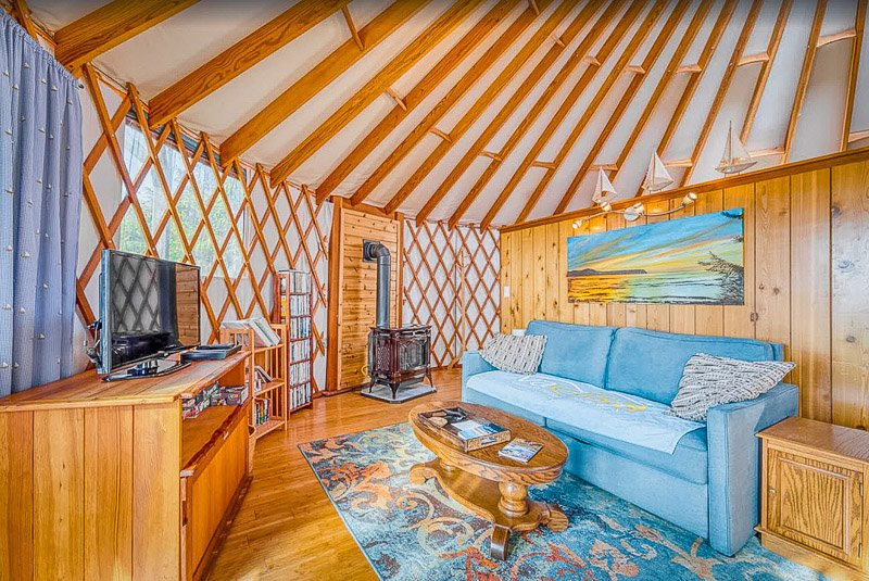 This yurt is one of the coolest vacation homes in Oregon.