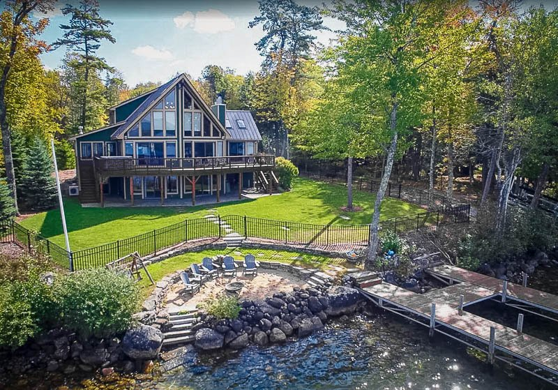 This magnificent accommodation is easily among the best vacation rentals on Lake Winnipesaukee