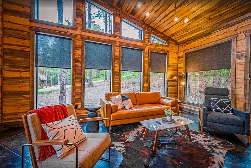 Cozy cabin to rent in Oklahoma for romantic couples
