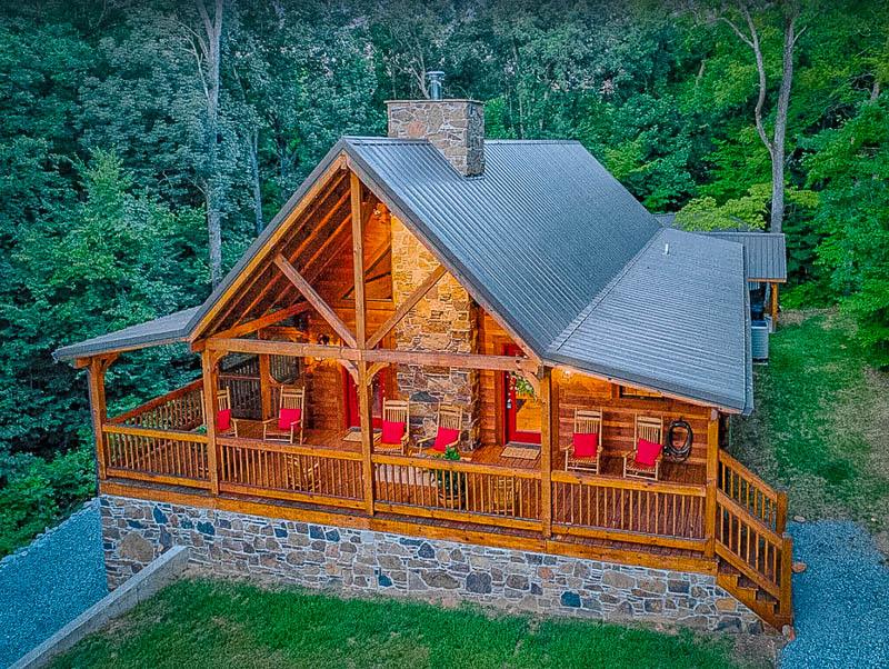 One of the coolest cabins in Kentucky with hot tubs