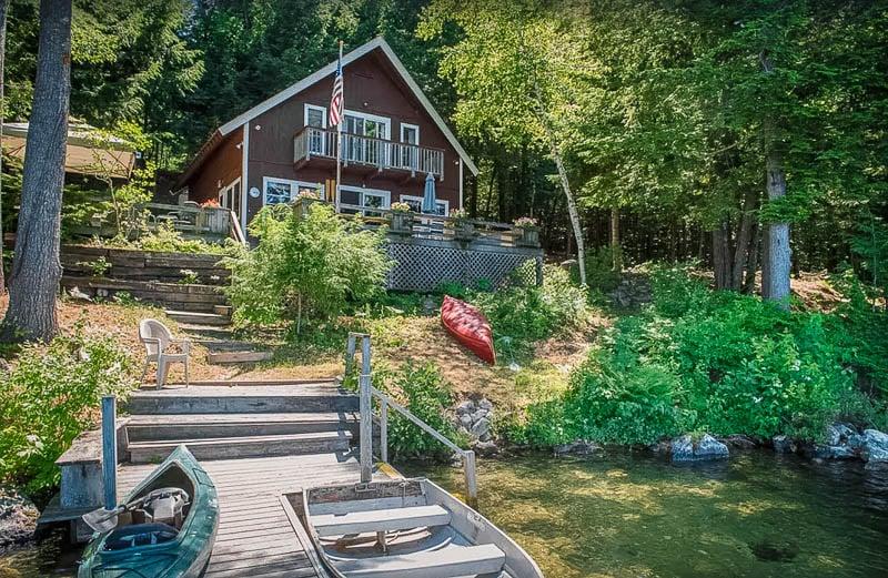 A beautiful lakefront rental on Lake Winnipesaukee