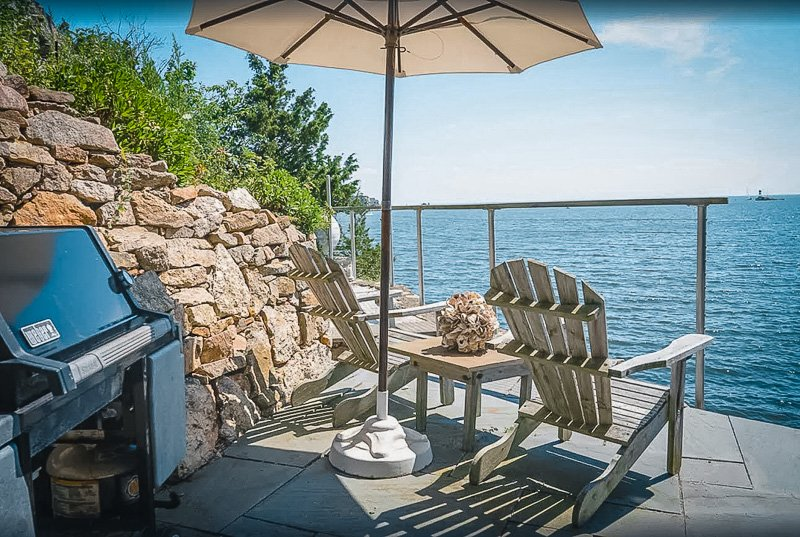 Gorgeous views of the waterfront from this cabin rental in Connecticut