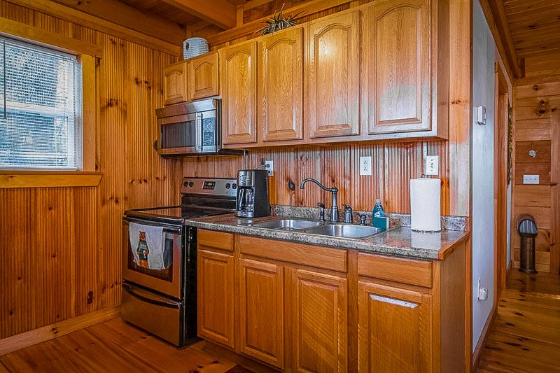 Fully equipped kitchen inside the KY cabin rental