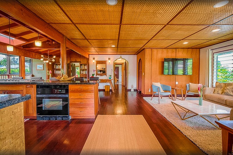 This is one of the coolest vacation rentals in Hawaii, hands down.