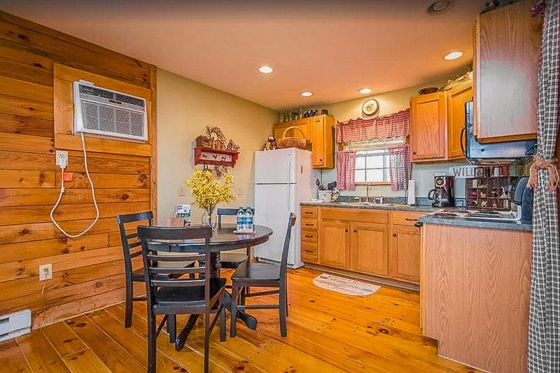 A Kentucky mountain cabin rental like no other