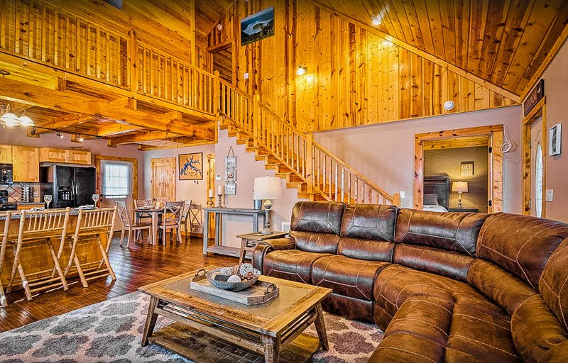 A gorgeous cabin to rent in Kentucky for large families and friend groups
