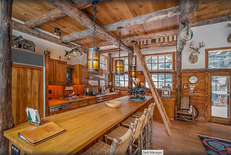This vacation rental in Montana truly has it all.