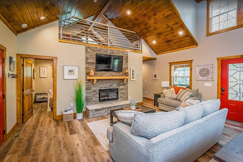 Scenic cabin rental in Red River Gorge