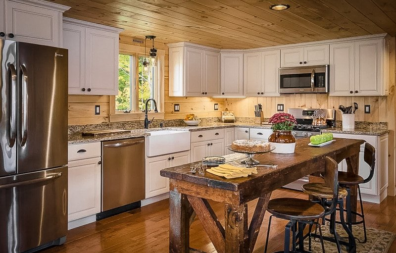 Fully equipped kitchen space.