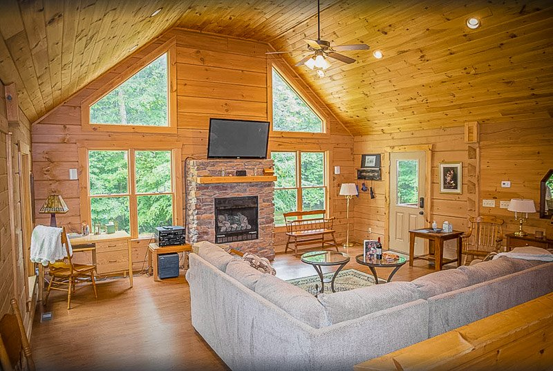 This luxurious vacation home in IN is perfect for large group getaways