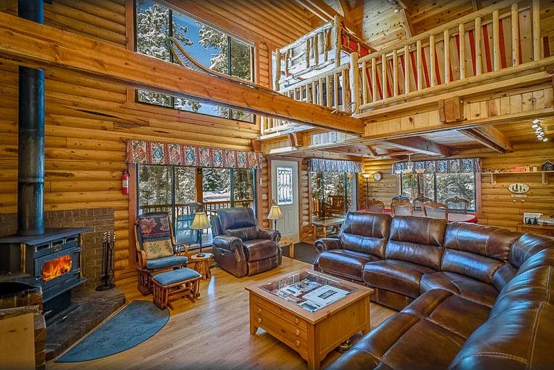 This Utah cabin resort has its own spa