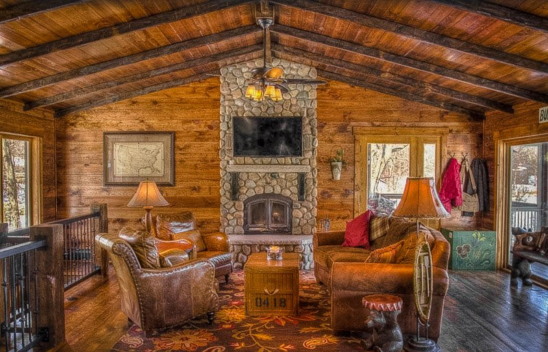 For outdoorsy types, this is among the coolest lake homes for rent in MN