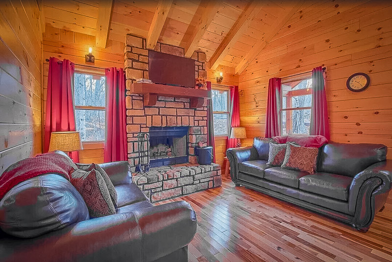 This vacation accommodation is one of the best cabin rentals in Ohio for all types of travelers